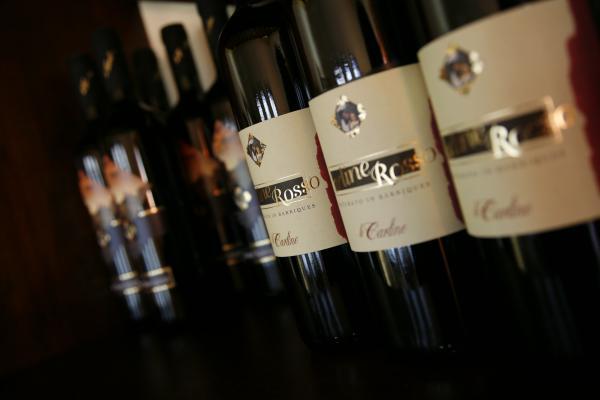 Le bottiglie di Le Carline in mostra